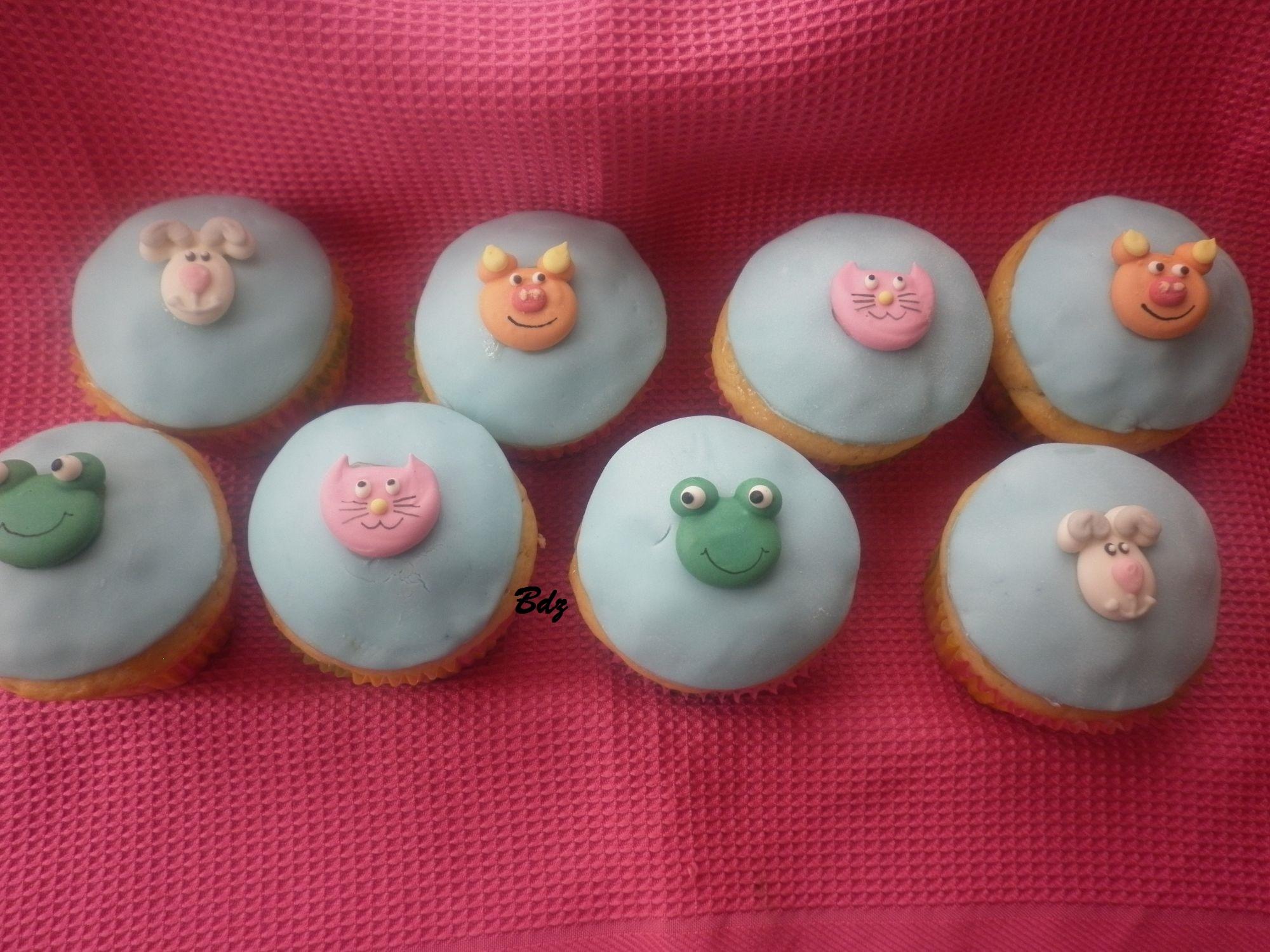 Cupcake animaletti in pasta di zucchero