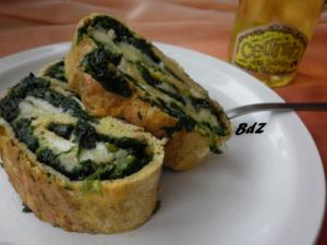 Rotolo di frittata di spinaci e formaggio